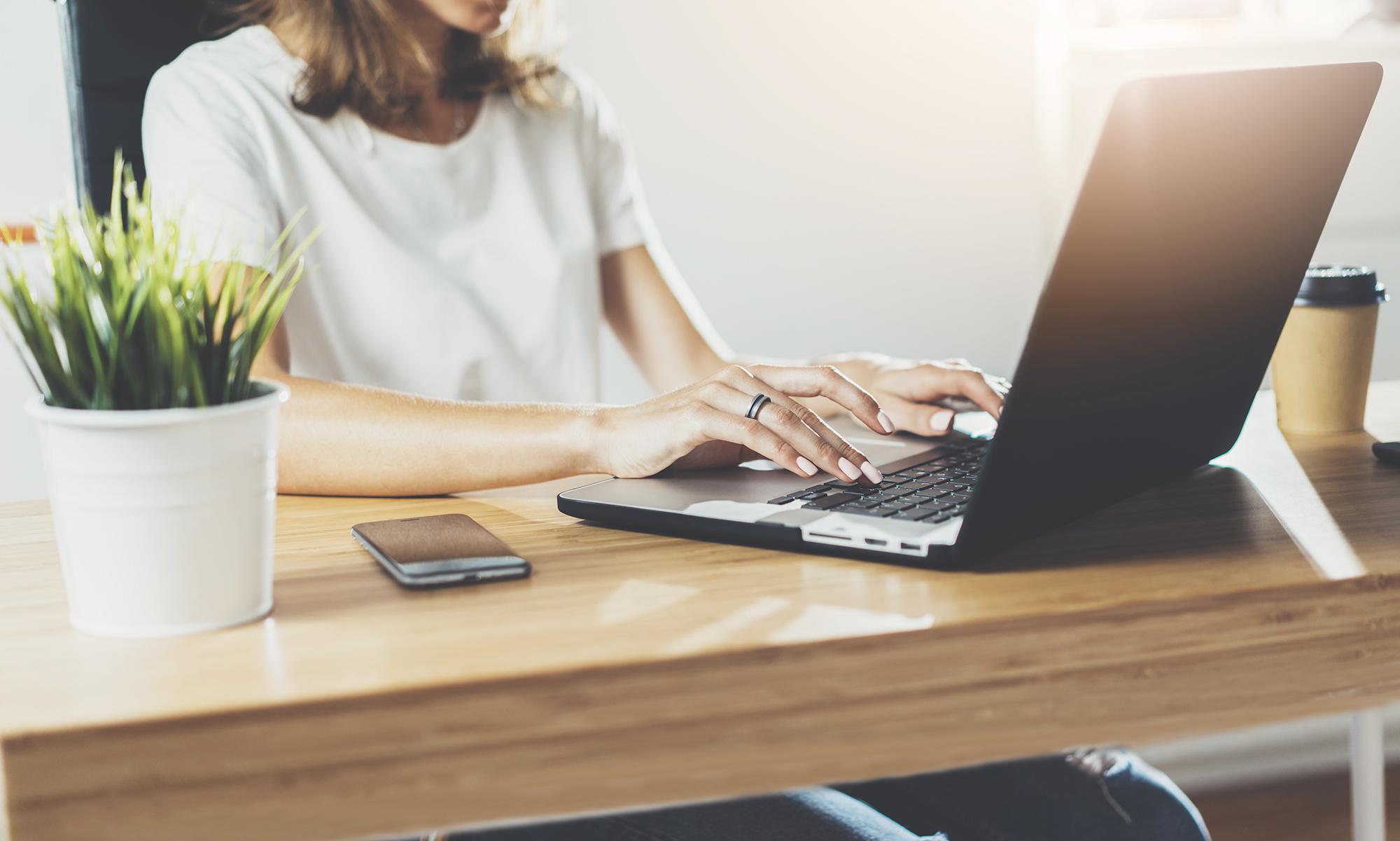 気持ちよく働くための5つの在宅勤務テクニック